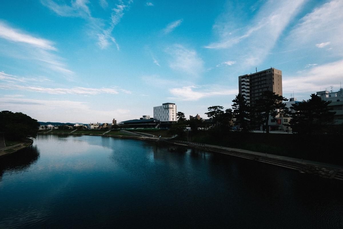 東岡崎 乙川
