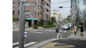 No.11 (府中市)マインマート前からマンションを臨む:北向き(2011/04/0