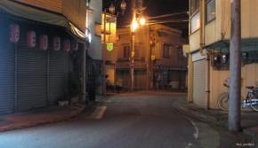 No.16 (秩父市)番場町福島洋品店方面(2011/05/06撮影)