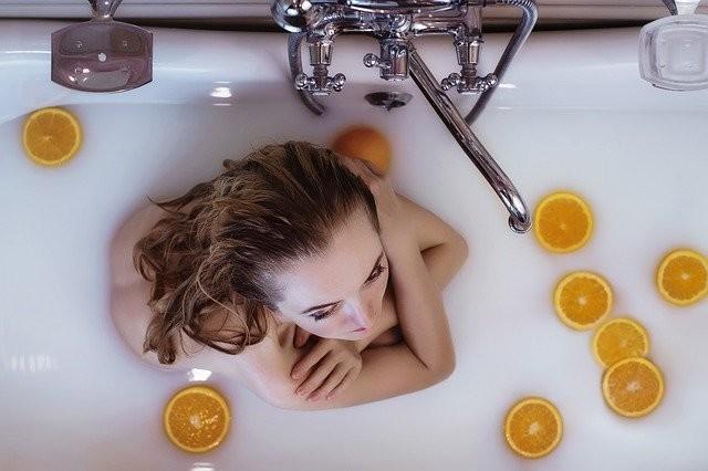 ぬるめのお湯に入浴する
