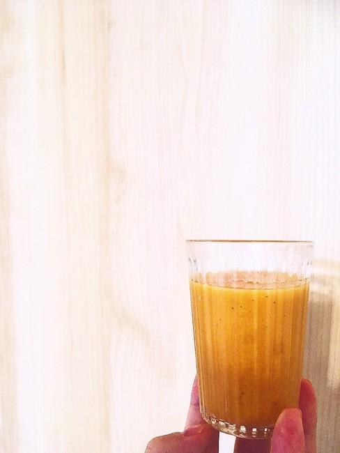 便の排泄には水溶性食物繊維も重要、パプリカのスムージー