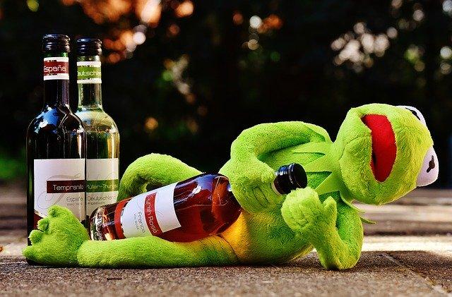 酒に溺れてしまうなら、筋トレを選ぶジム友