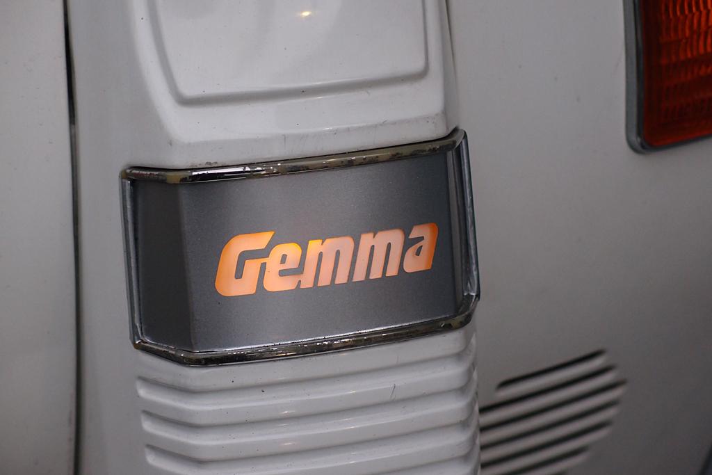 gemma オリジナル レンズカバー