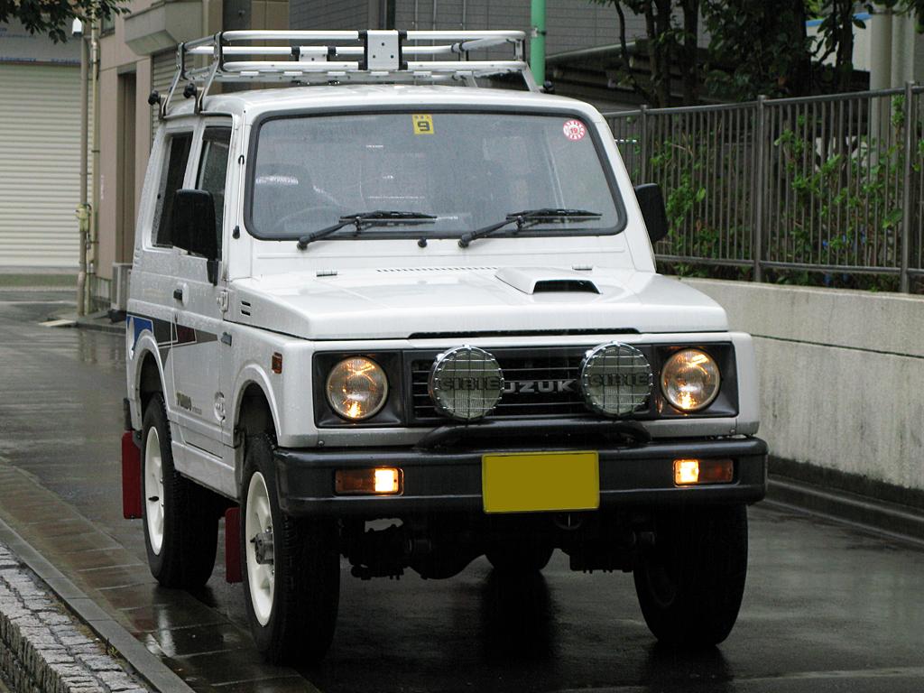 スズキジムニーJA11型