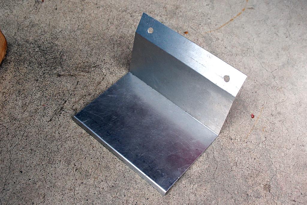 アルミ製遮蔽板を中華製の複合機で工作