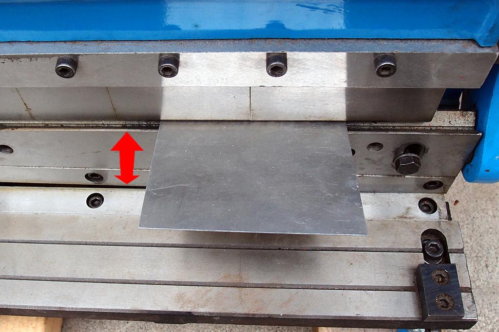 中華製の3in1複合機メタルブレーキベンダー加工状態