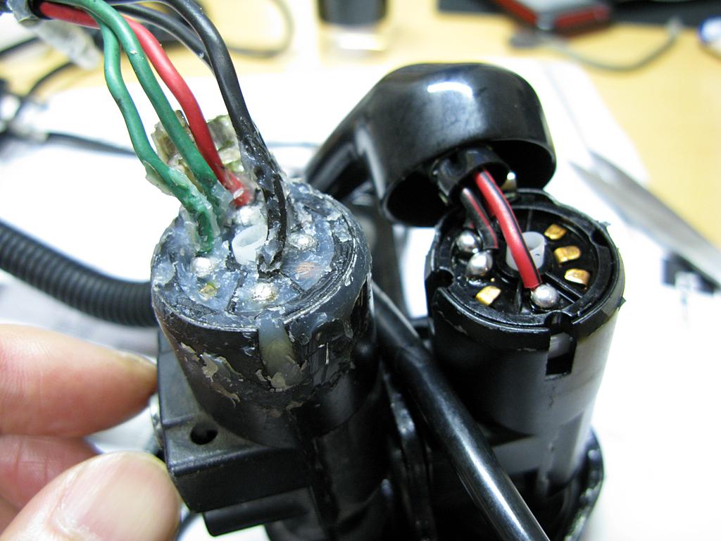 後期型イグニッションスイッチを前期型に配線変更