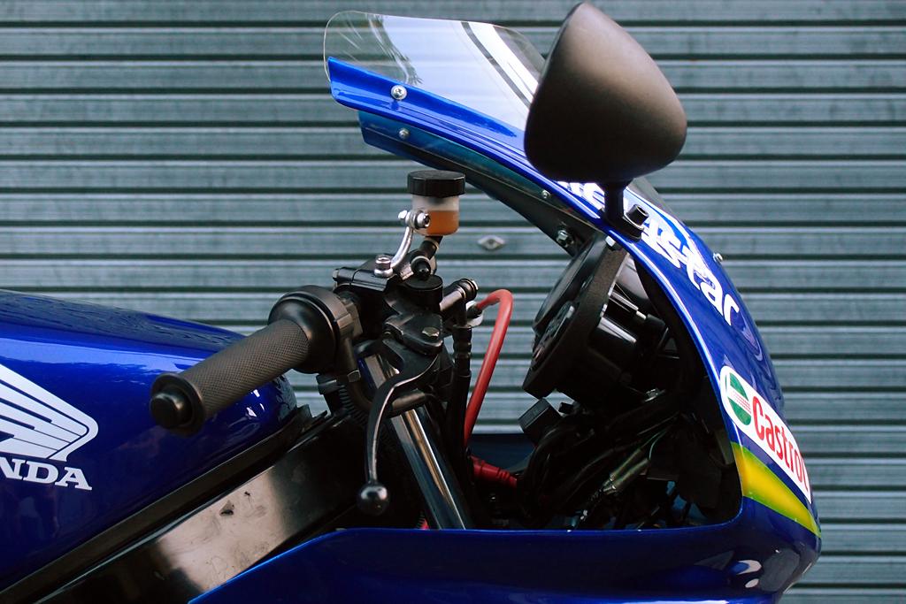CBR600RR用の社外品バックミラーに換装
