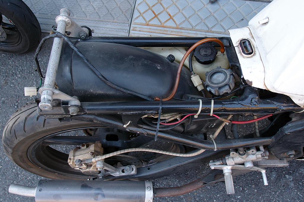 TZR125 OXレーシングシートフレームカット
