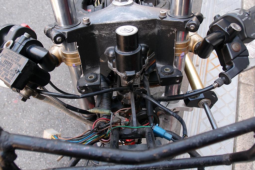 TZR125 OXレーシングハンドル周り