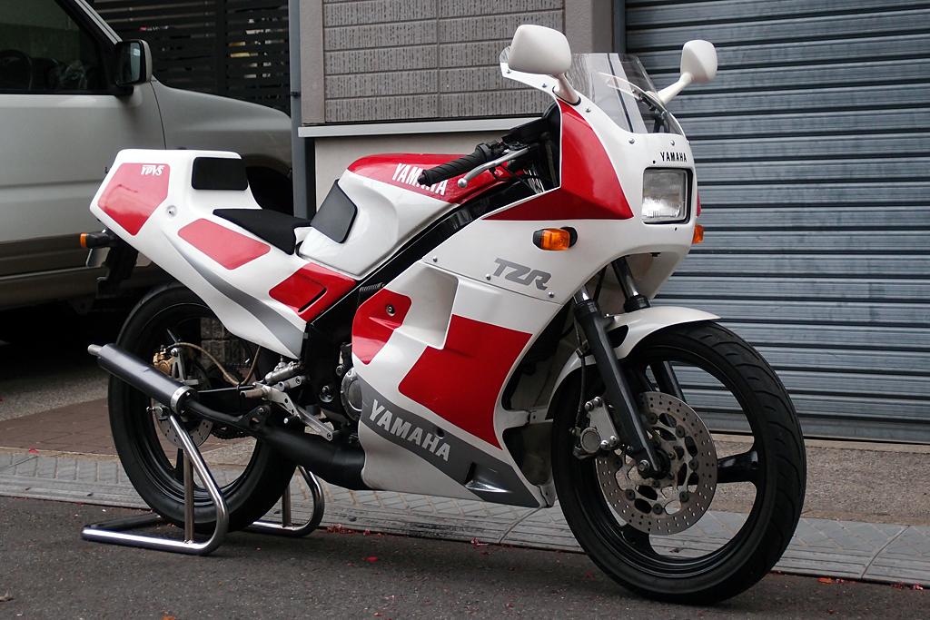 ヤマハTZR125  OXレーシング フルカウル 街乗りバージョン 全体像
