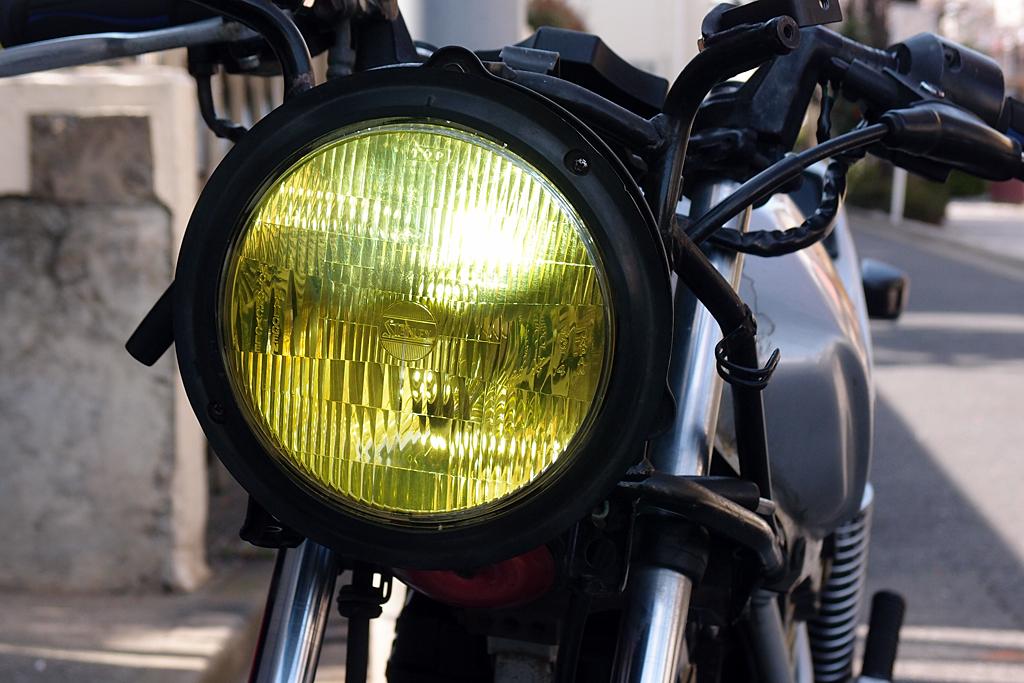 LED&クリアイエロー化できたヘッドライト