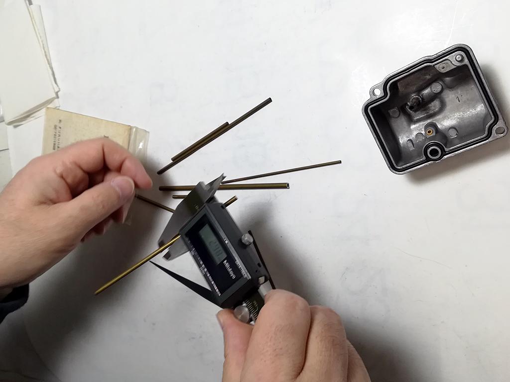 補修用真鍮パイプの外形の計測