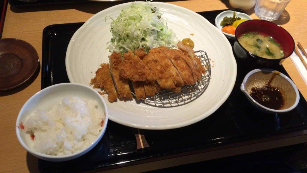 f:id:lunch-fukuoka:20161205145624j:plain