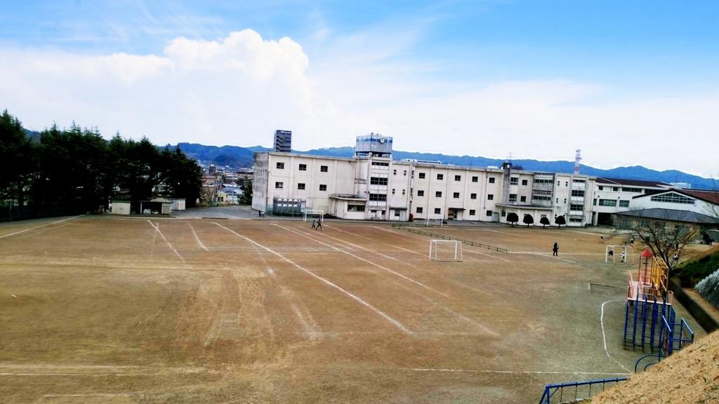 掛川第一小学校の裏手