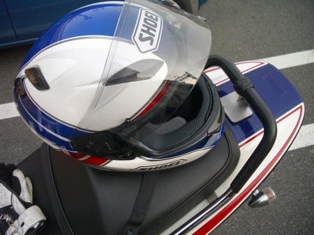 ヘルメットもいいでしょ?