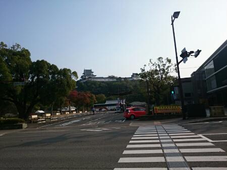 和歌山城へ