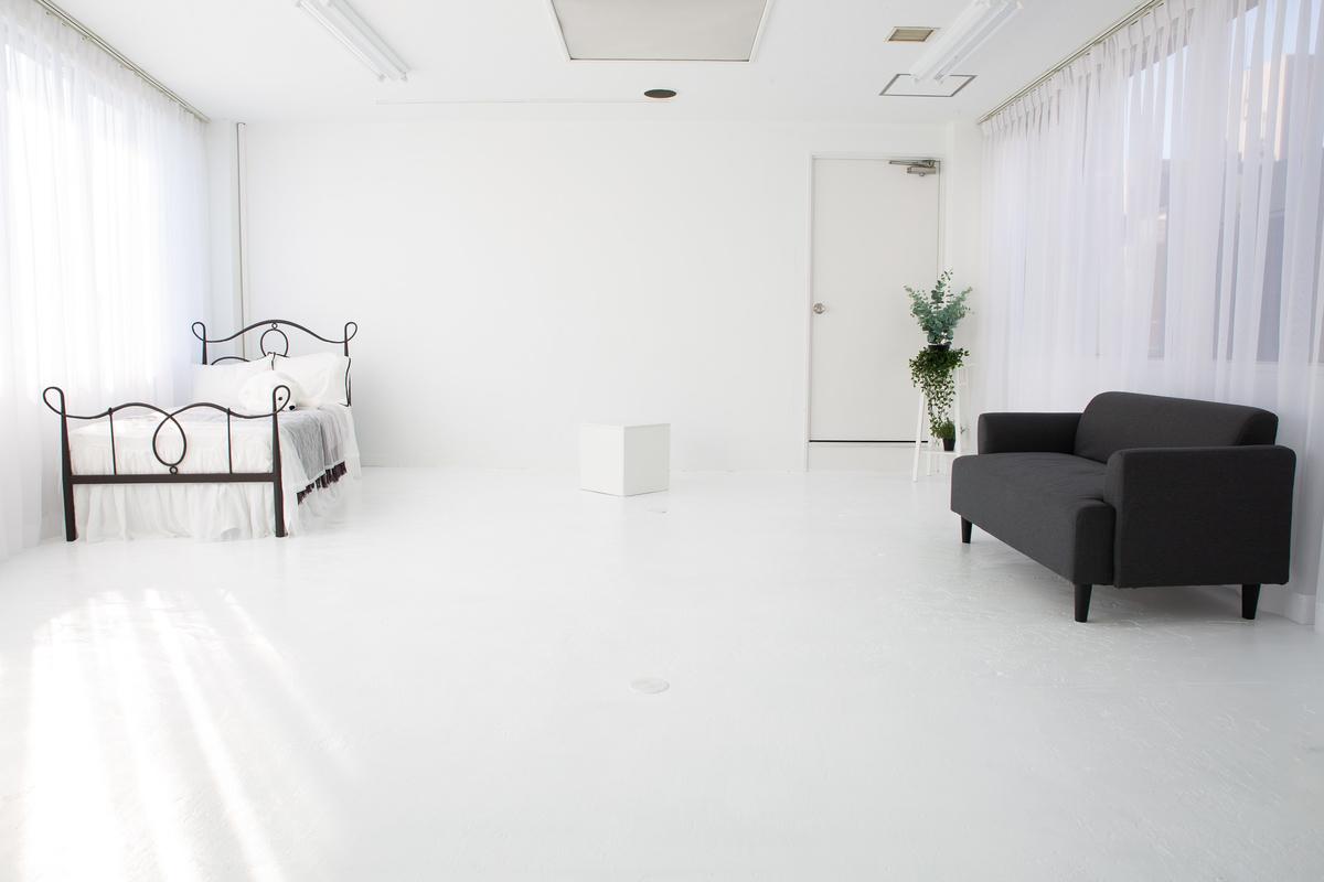 関西・大阪の自然光差し込む撮影スタジオ(2020年1月撮影)