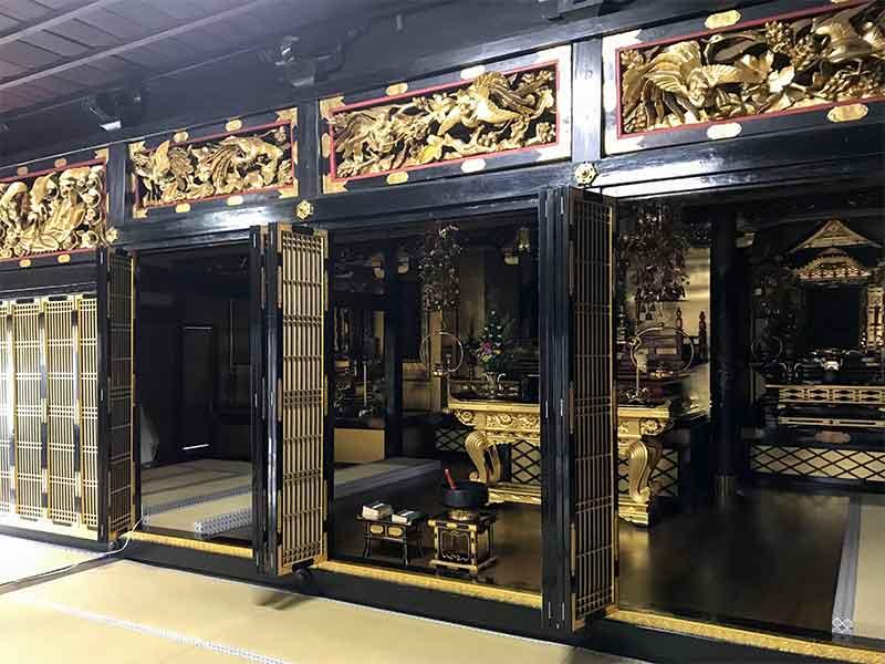 お寺で点描曼荼羅