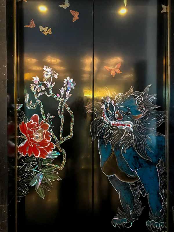 ホテル雅叙園・百段階段エレベーター