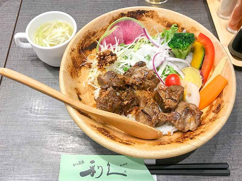 利休bowl牛ステーキ丼