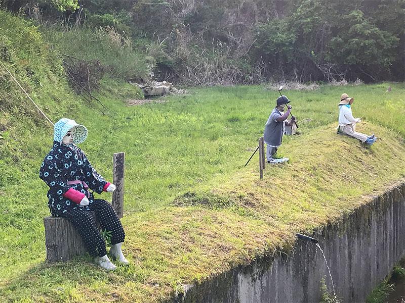奈良県宇陀市室生砥取(ととり)の里のかかし