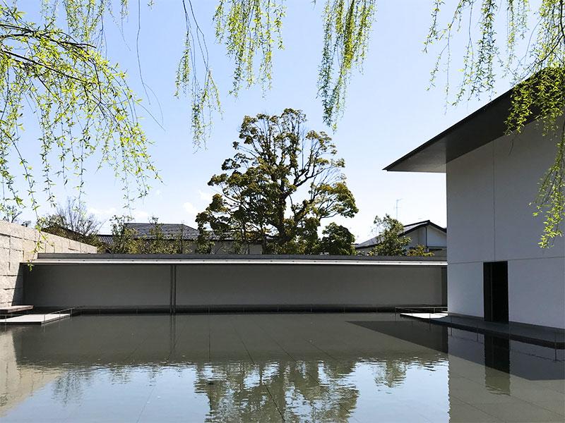 金沢・緑の小径から鈴木大拙館