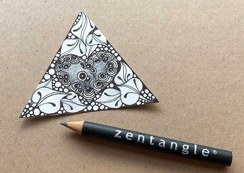 ゼンタングル(zentangle)インクトーバータングレス
