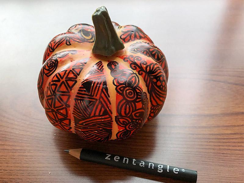 かぼちゃのゼンタングルとインクトーバータングルス