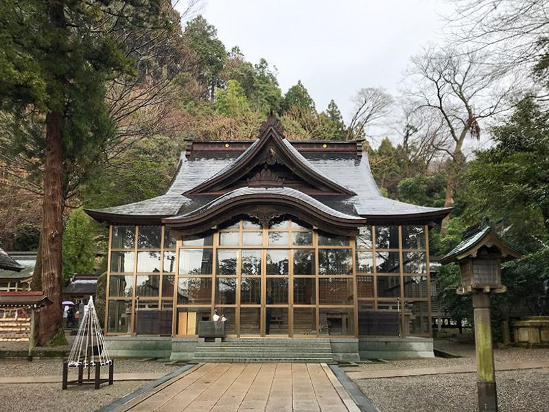 金運神社・金剱宮(きんけんぐう)