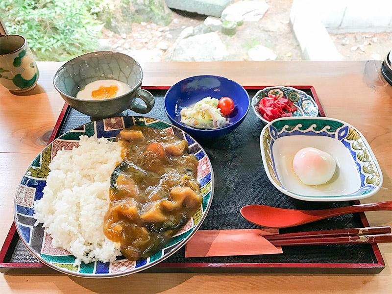 おいしいいっぷく鏑木・加賀野菜カレー