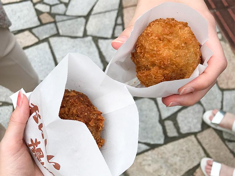 山中温泉肉のいずみやコロッケ・ミンチカツ