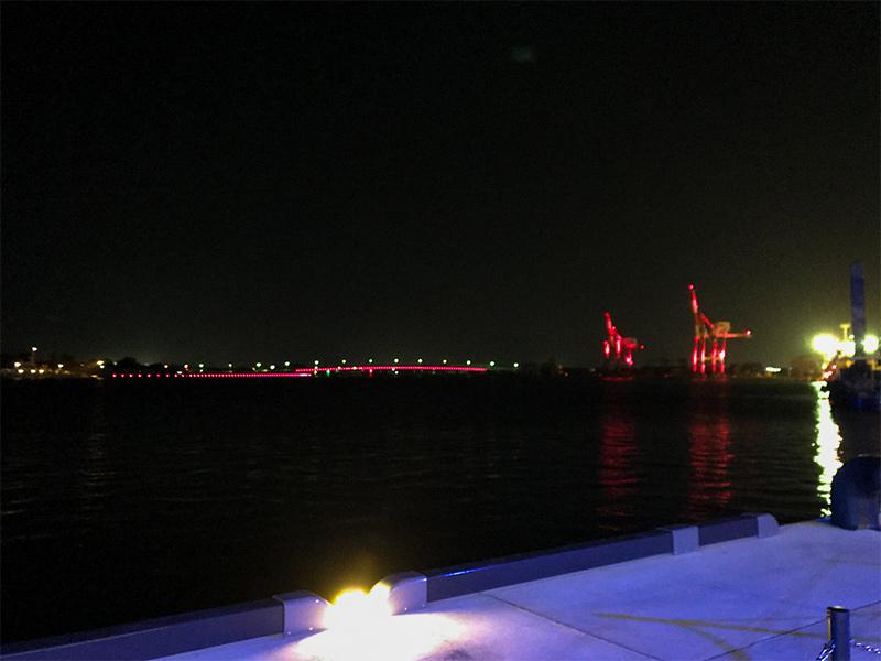 金沢港クルーズターミナル・ライトアップ