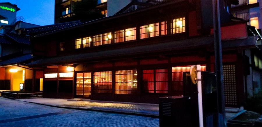 山代温泉ライトアップ星野リゾート界加賀