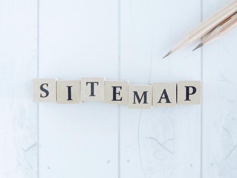 サイトマップにはロボット向けの「XMLサイトマップ」と人間用の「HTMLサイトマップ」の2種類があるよ