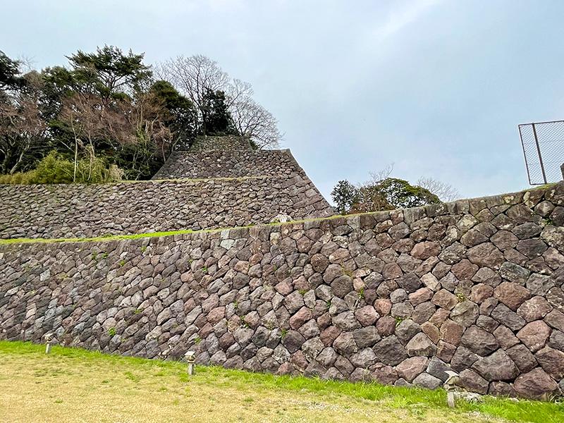 金沢城・本丸南面の高石垣