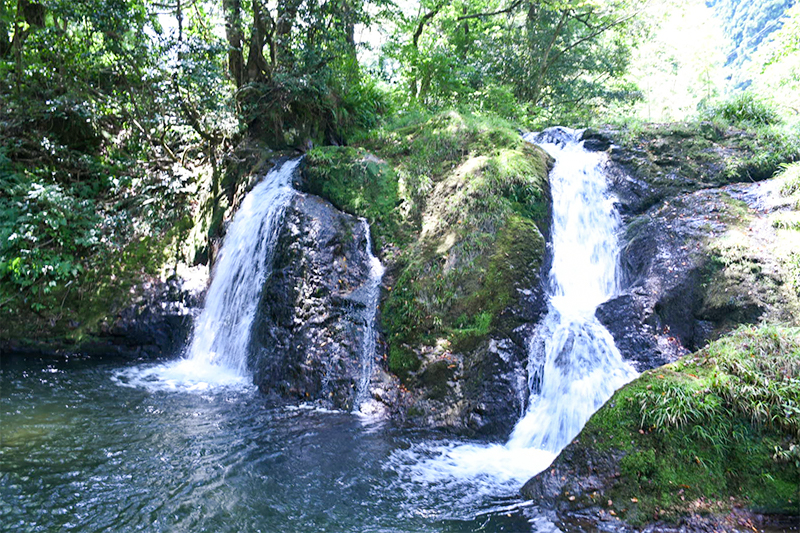 石川県小松・鱒留の滝