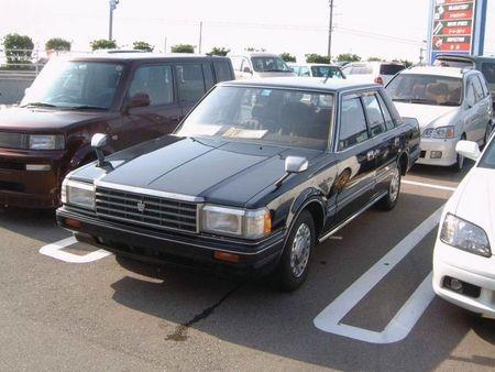 トヨタ・クラウン(GS120)