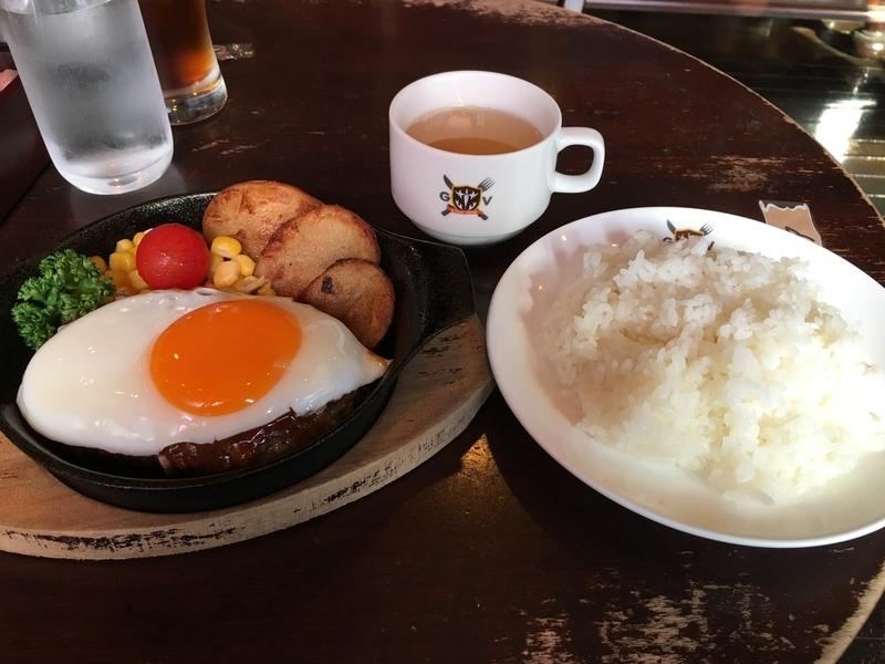 20181208 秋葉原 グランヴァニアの目玉焼きハンバーグ