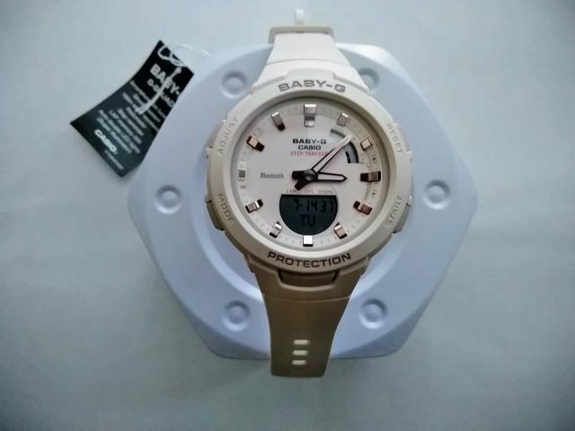 歩数計つき腕時計 Baby-G BSA-B100