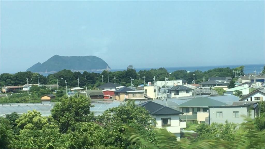 梅雨の合間の紀勢線車窓の風景
