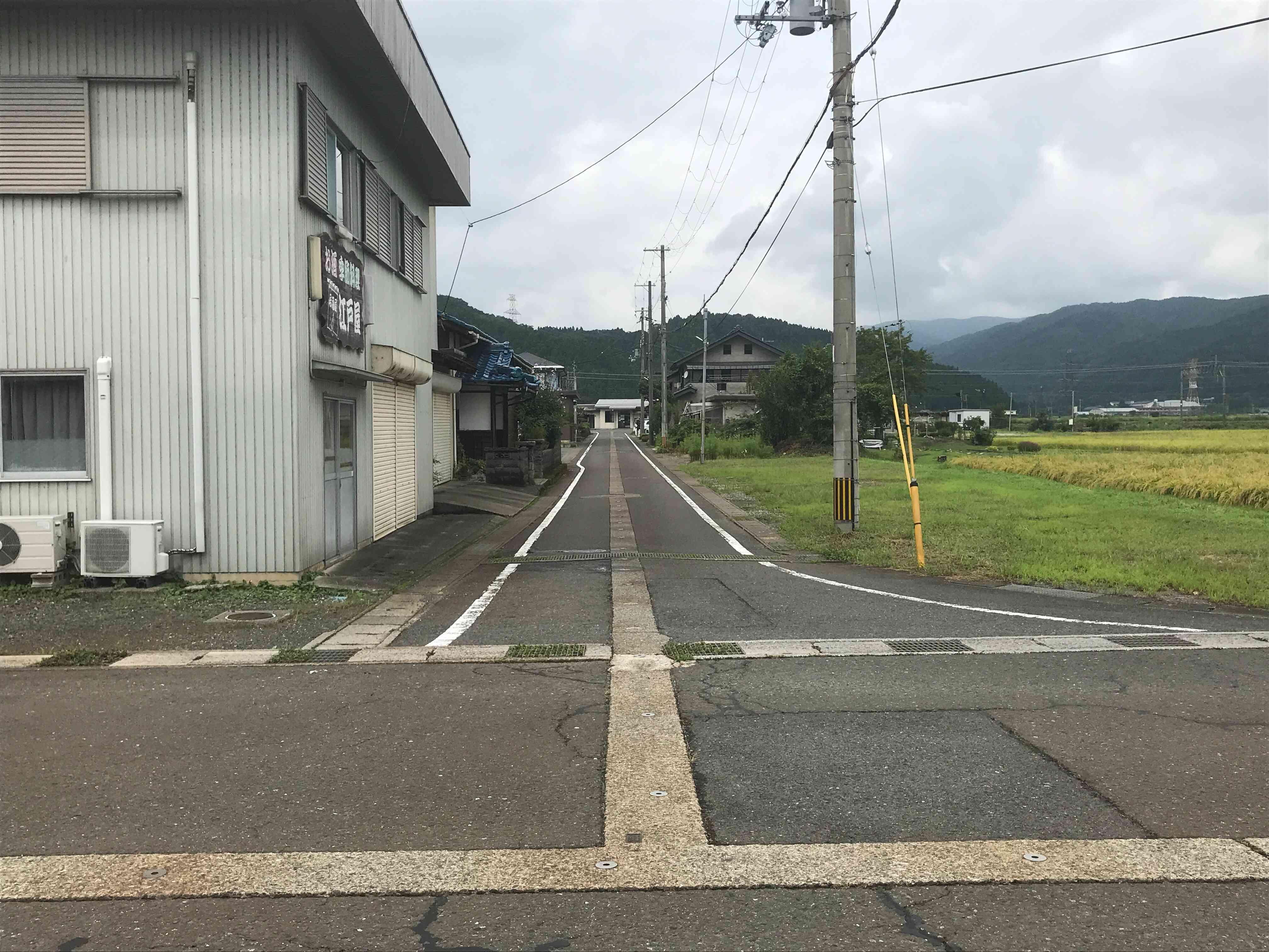 余呉駅 西浅井余呉線から