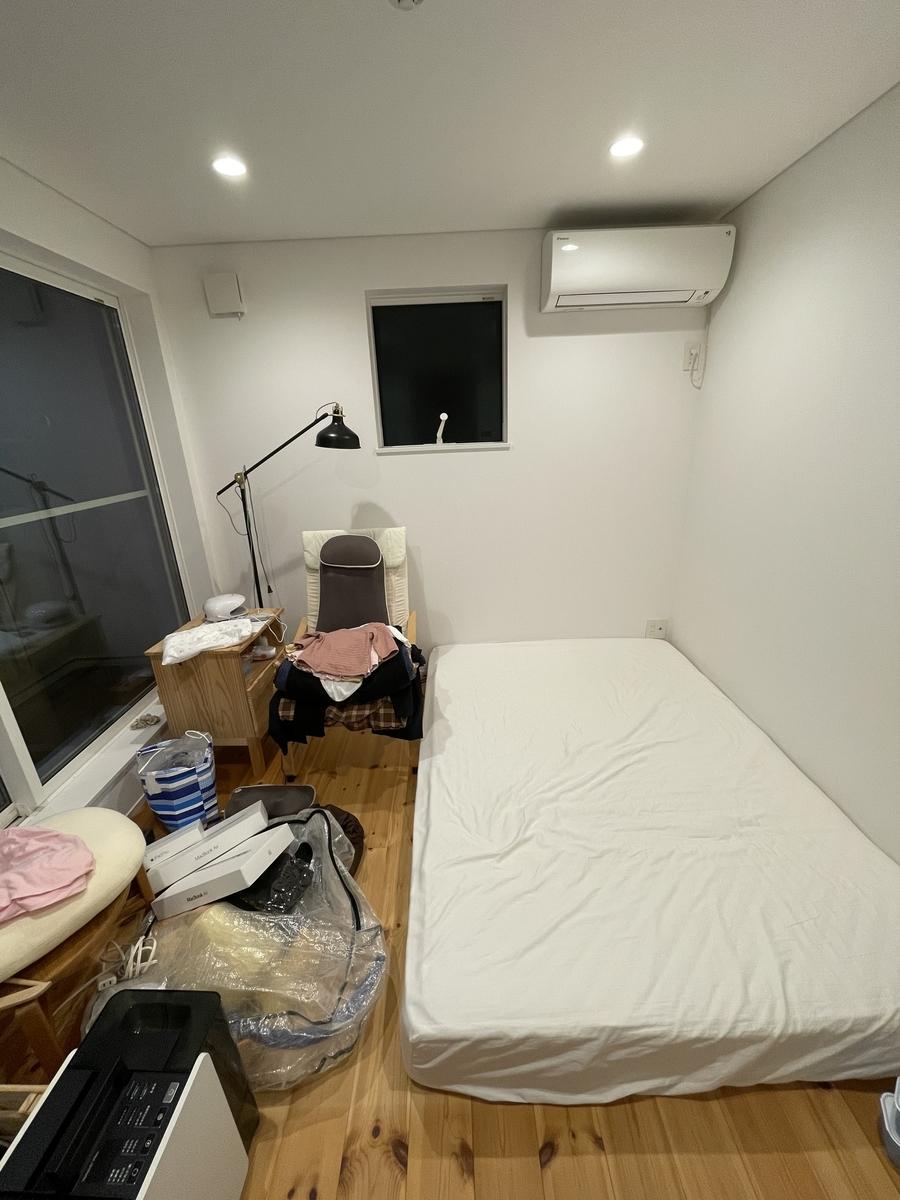 物置き 寝室