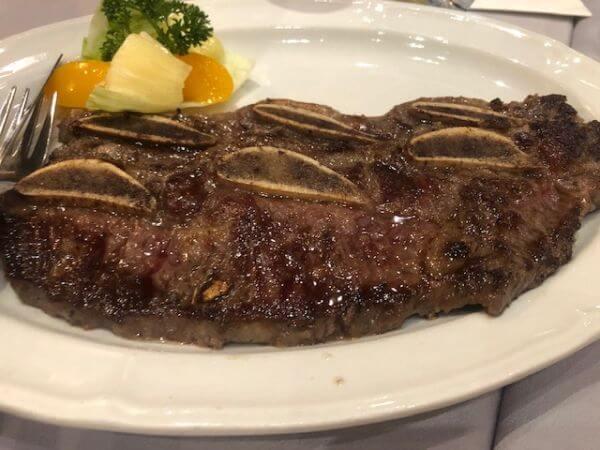 ポルトガル料理 ステーキ