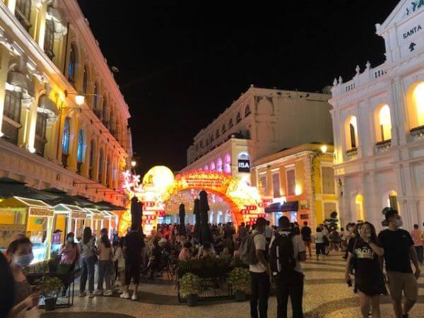 マカオ セナド広場 ライトアップ