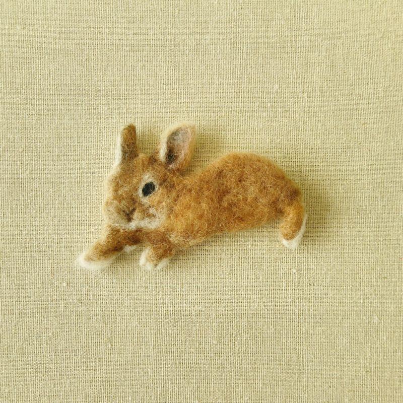 [羊毛フェルト][羊毛フェルト絵][羊毛フェルトブローチ][ブローチ][うさぎ][ねこ][文鳥][インコ][犬][アルパカ]