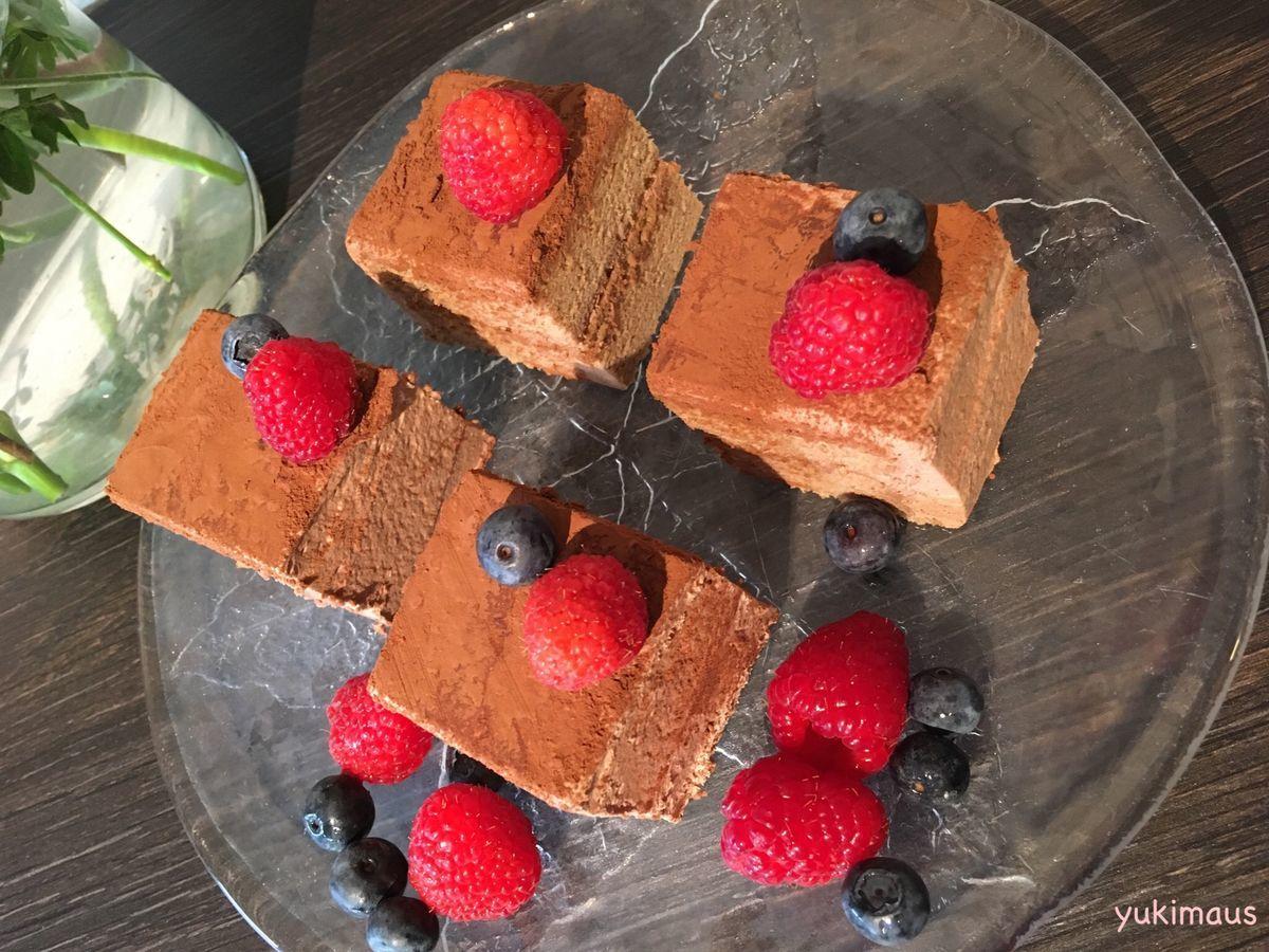 砂糖なしレシピはちみつシフォン生地でチョコレートケーキ