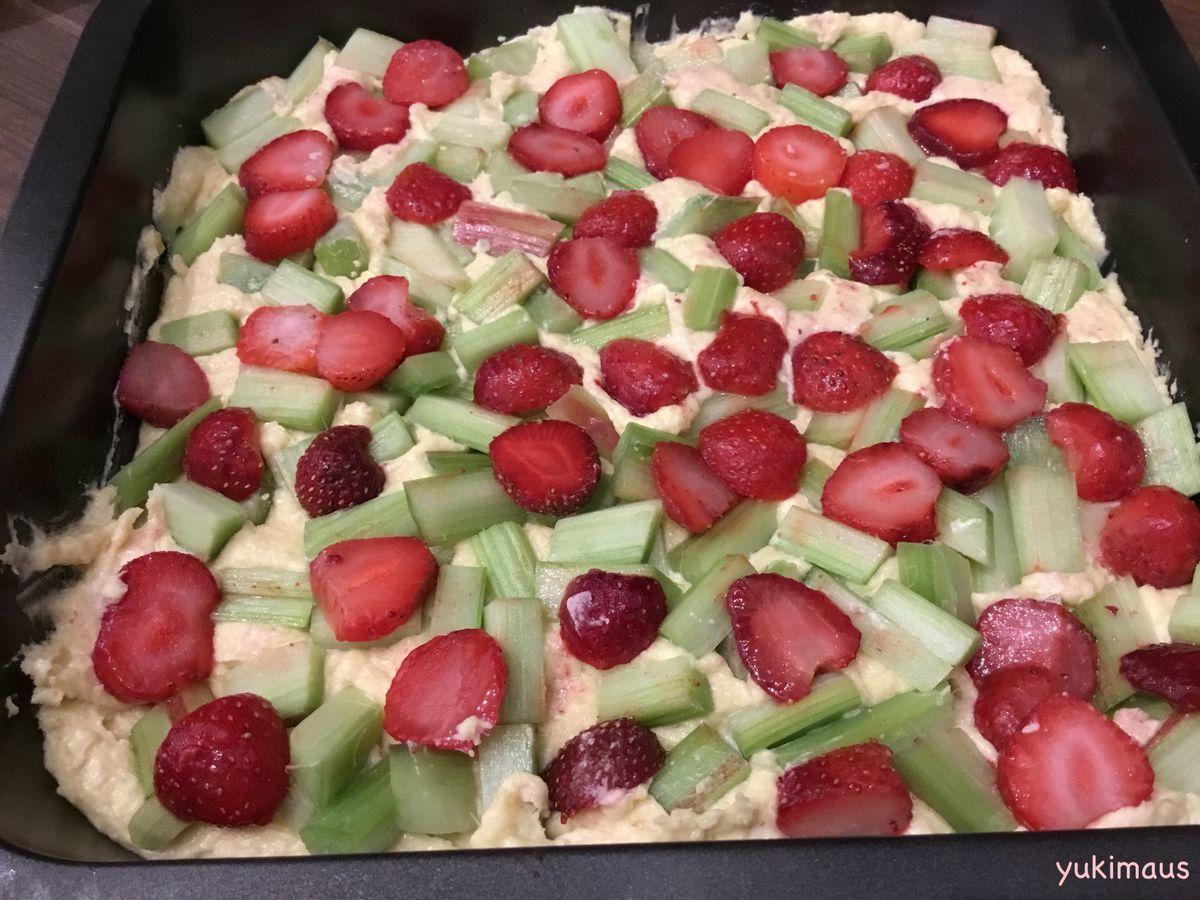 白砂糖不使用レシピルバーブといちごのケーキ