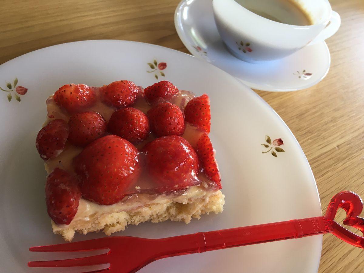 ドイツの定番砂糖なしいちごケーキレシピ