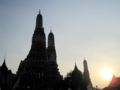 ワット・アルン(暁の寺)(バンコク,タイ)